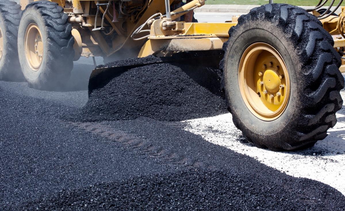 asfalto e brita